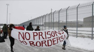 Stop the Prison! Stoppons la Prison!